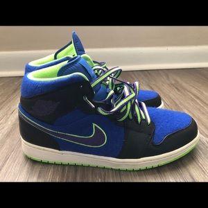 2013 Nike Air Jordan 1 Mid Bel-Air Shoes Size 11